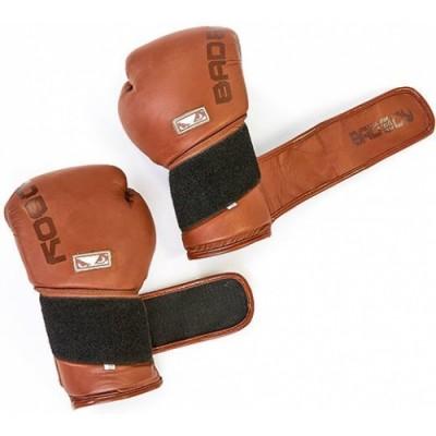 Купить Перчатки боксерские кожаные BAD BOY LEGACY 2.0 VL-6618-BR коричневый